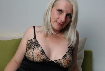 Nacktbilder Amateur sweetchantal81